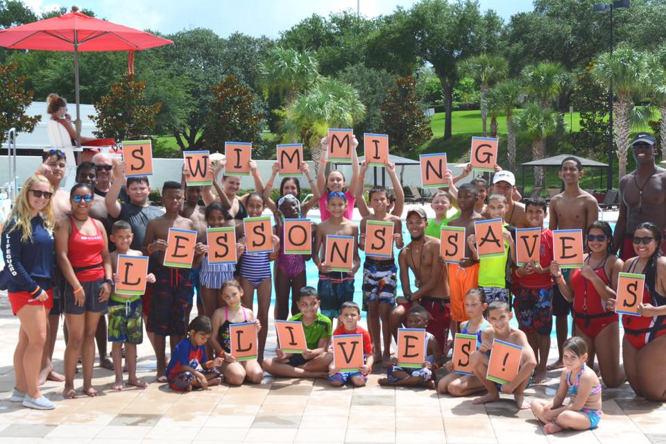 2017 Worlds Large Swim Lesson - Pictured are the kids who participated